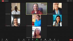 COORDINACIÓN. En una de las reuniones virtuales las emprendedoras y el organizador del concurso 'Así somos las emprendedoras esmeraldeñas', se definió la creación de las páginas web.