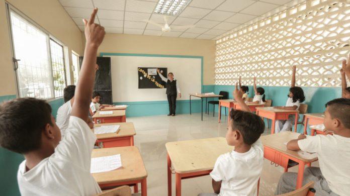 EXPECTATIVA. Educadores, niños, y adolescentes serán beneficiados con la reforma aprobada el pasado 9 de marzo de 2021.