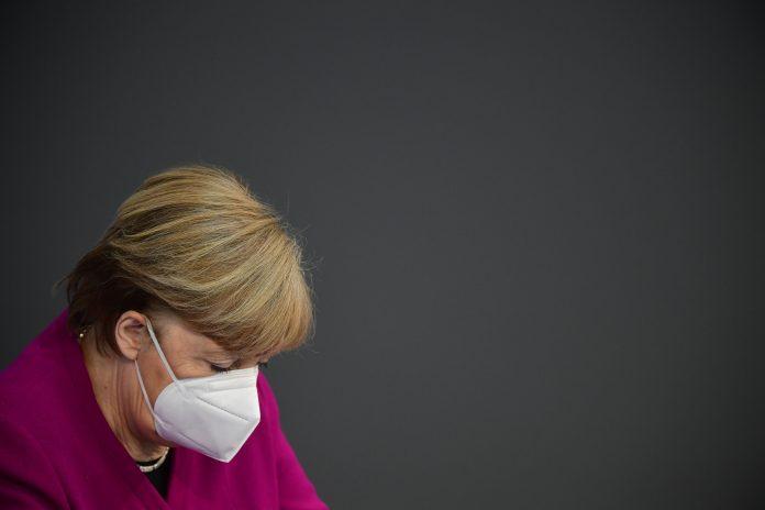 Declaraciones. Merkel también alertó de una