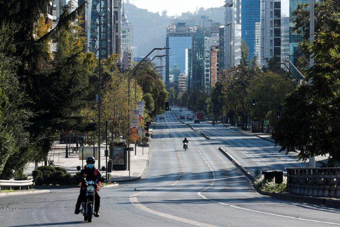 Cierre. Este será el segundo confinamiento drástico que aplique Chile, con cierre de fronteras, en lo que va de la pandemia.