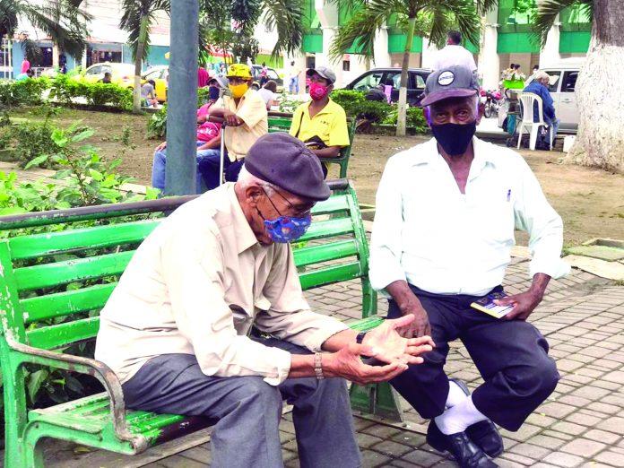 PROTECCIÓN. Ordenanza dispuesta en primera instancia para adultos mayores con el fin de hacer valer sus derechos en Esmeraldas.