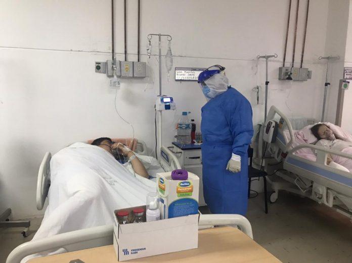Servicio. En el IESS de Ibarra se adecuarán quirófanos para albergar a pacientes críticos con coronavirus.