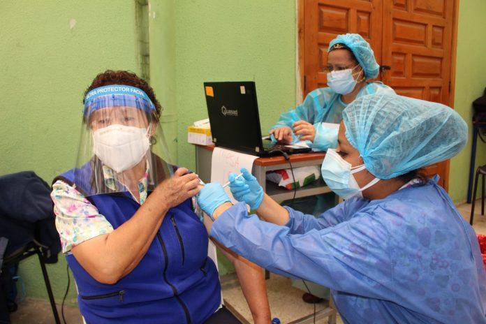 Vacunación '60 y PiQuito'