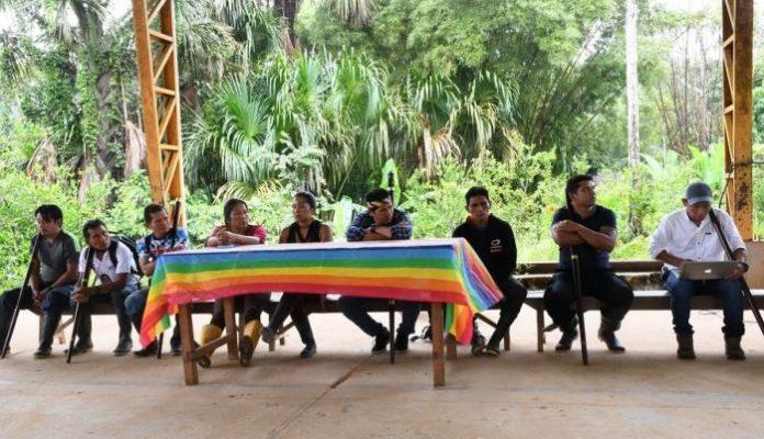 RESOLUCIÓN. El Pueblo Sarayacu se reunió el domingo 4 de abril de 2021 y tomó la decisión de no participar en las elecciones. Foto. Cortesía.
