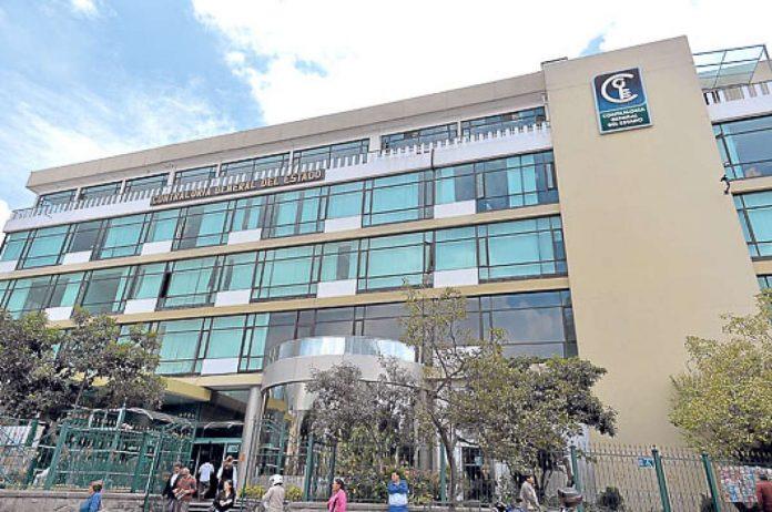 INSTITUCIÓN. El edificio de la Contraloría General del Estado, ubicado en el centro de Quito. Foto. Cortesía.