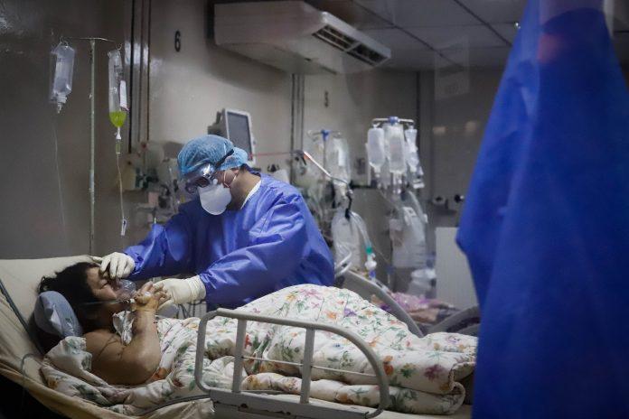 Situación. La covid-19 ahoga a los hospitales de varios países, con registros más altos incluso que en 2020.
