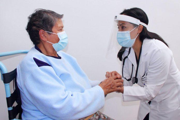 Dimensión. Según el Hospital San Juan de Dios, 4 de cada 10 adultos mayores sufren algún tipo de demencia.