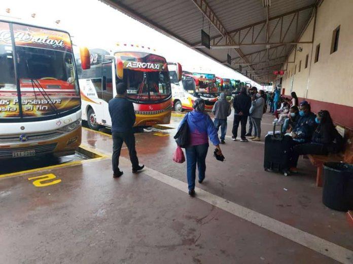 Terminal. En Ibarra los buses laboraron con normalidad la jornada del 19 de abril de 2021.