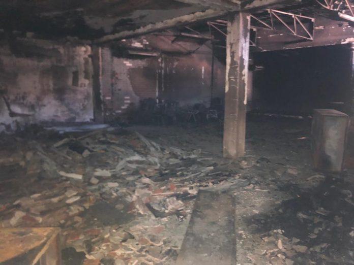 ESTRUCTURA. Las instalaciones del Colegio de Periodistas fueron destruido en su totalidad.