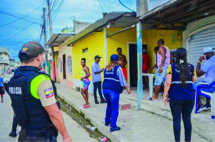 RESULTADOS. Cinco personas detenidas, tres motos y tres carros retenidos, además de cinco locales citados y uno clausurado, fueron los resultados de los operativos realizados en el inicio del segundo fin de semana de confinamiento.