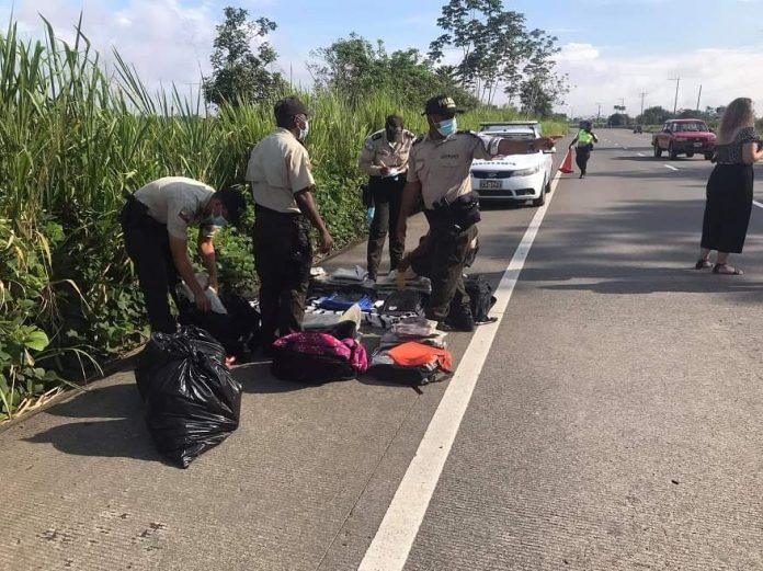 TRÁFICO. La droga era trasladada en bus de la Gilberto Zambrano de Esmeraldas a Santo Domingo.