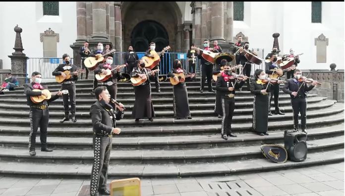 Acción. Cerca de 3.000 artistas podrán trabajar en el Día de la Madre, en Quito.