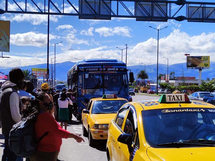 MOVILIDAD. Transportistas exigen que se detenga la variación del precio del diésel