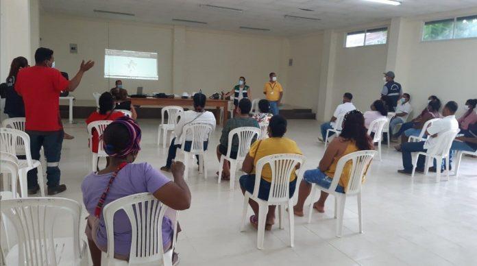 PRESENTACIÓN. La Veeduría Ciudadana de Súa conoció el avance de los proyectos que realiza el Municipio de Atacames.