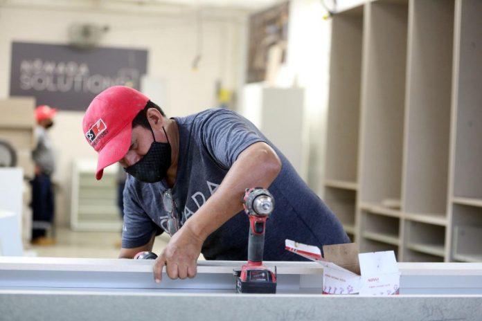 PIE DE FOTO: RETO. El mercado laboral ha ido en picada desde 2014