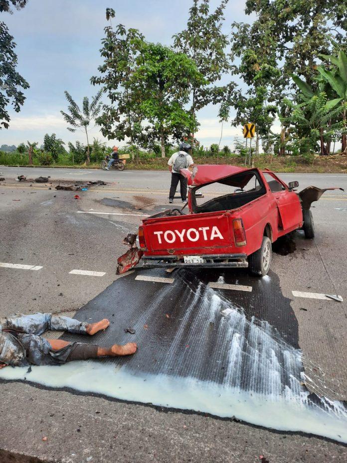 TRAGEDIA. Un muerto dejó un choque entre un tráiler y una camioneta, ocurrido en la vía La Unión – La Independencia.