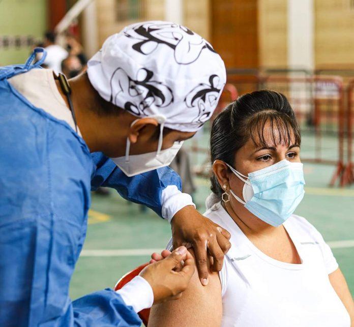 PROYECCIÓN. Hasta el 5 de septiembre se deben vacunar a 171.350 ciudadanos en Esmeraldas.