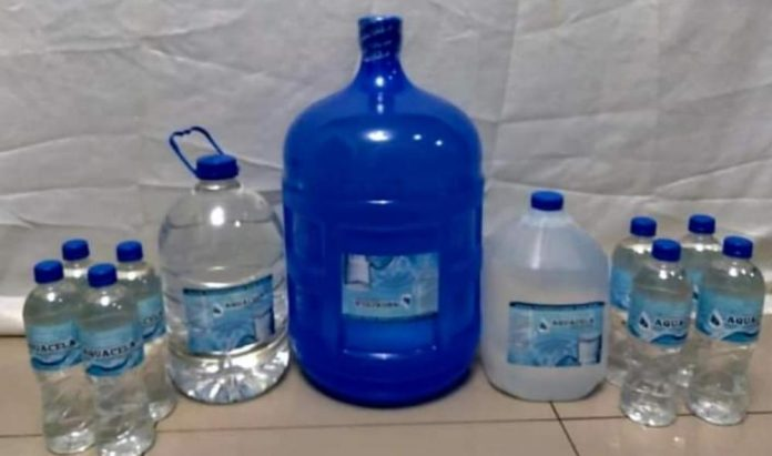 AUMENTO. Las botellas y bidones de agua, tendrán un incremento hasta del 40%.