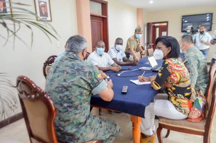 GOBERNACIÓN. La gobernadora Tania Obando dio a conocer que los jefes y tenientes políticos deben radicar y ser nacidos en la parroquia que vayan a manejar para que puedan trabajar sobre las necesidades de su población.