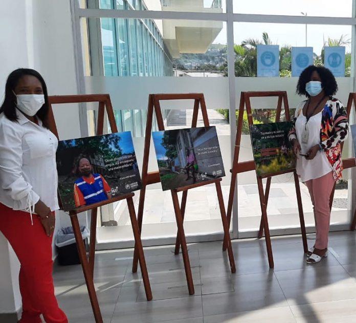 EXPOSICIÓN. Una exposición fotográfica a favor de los refugiados en Esmeraldas se muestra desde ayer en el Centro de Atención Ciudadana de Esmeraldas.