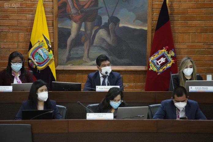 MUNICIPIO. El Concejo Metropolitano no ha logrado sesionar desde las acciones judiciales de Jorge Yunda para permanecer en el Cabildo.