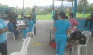 RECHAZO. Los comuneros chachi del norte de Esmeraldas se resisten a ser vacunados contra la Covid- 19