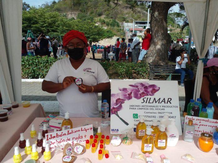 Reactivación. Emprendedores presentan sus productos, con el objetivo de formar parte de la reactivación económica de su provincia.