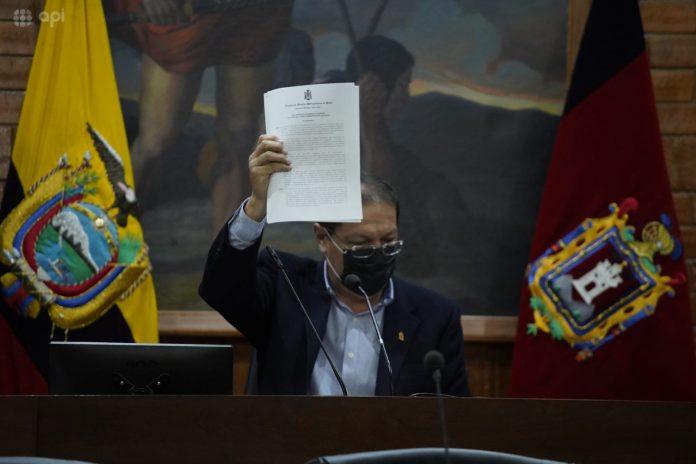 Primera reunión del nuevo alcalde de Quito con el COE Metropolitano.