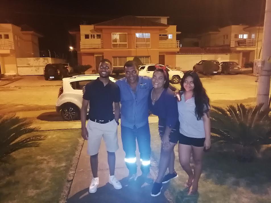 Jean Petrick, Fidel Charcopa, Albita Iturre y Mell Arroyo Charcopa.