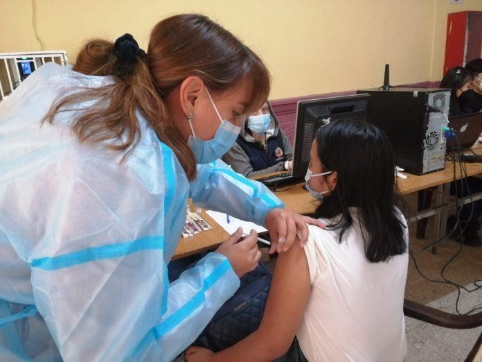 En Loja vacunarán con Sinovac a niños de 6 a 11 años