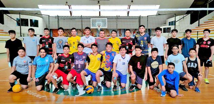 Cuadrangular nacional de voleibol masculino en Loja