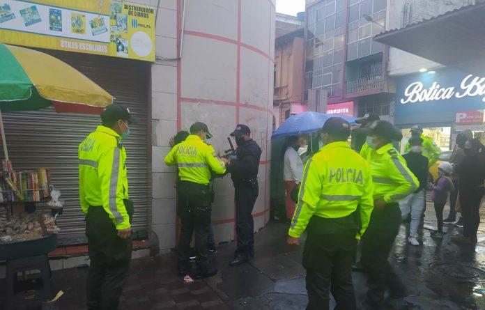 En varios sectores han atrapado a delincuentes para lincharlos.